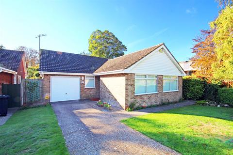 3 bedroom detached bungalow for sale - Fairlie Gardens, Surrenden, Brighton