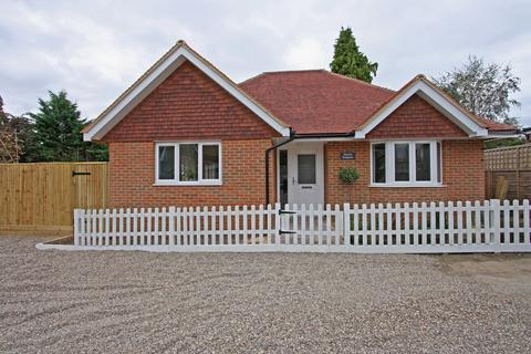 2 bedroom detached bungalow for sale - Cranbrook