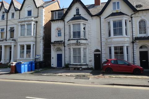 1 bedroom apartment for sale - Bath Street, Rhyl