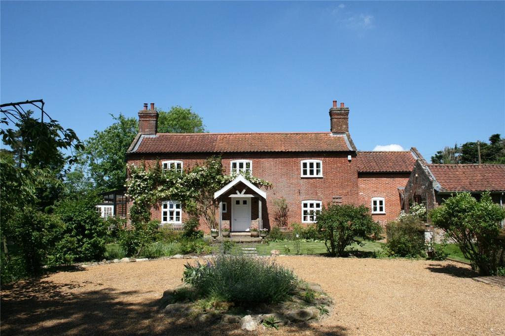 7 Bedrooms Detached House for sale in Green Lane, Wramplingham, Wymondham, Norfolk