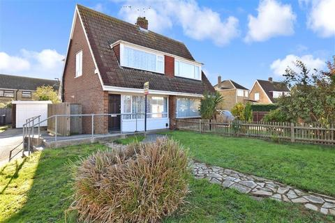 2 bedroom semi-detached house for sale - Weavers Way, Ashford, Kent