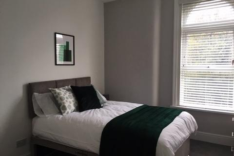 6 bedroom house share to rent - Stockport Road, Ashton- Under - Lyne