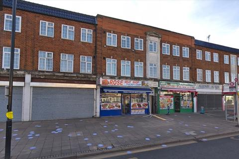Shop to rent - Allenby Road, Middlesex, UB1