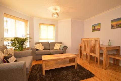 2 bedroom flat to rent - McDonald Road, Edinburgh EH7