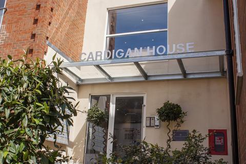 3 bedroom apartment for sale - Cardigan House, High Street, Marlborough, Wiltshire