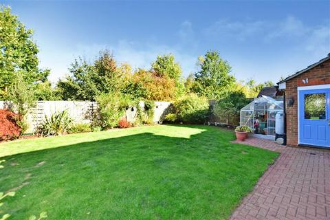 4 bedroom detached house for sale - Charlock Drive, Minster On Sea, Kent