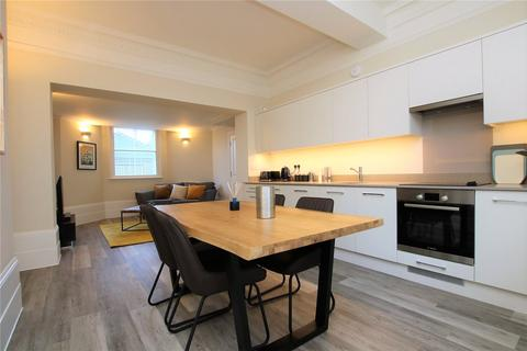 2 bedroom flat to rent - St Laurence Hall, 36 London Road, Reading, Berkshire, RG1