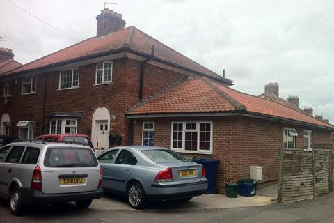5 bedroom terraced house to rent - Old Road, HMO Ready 5 Sharers, OX3