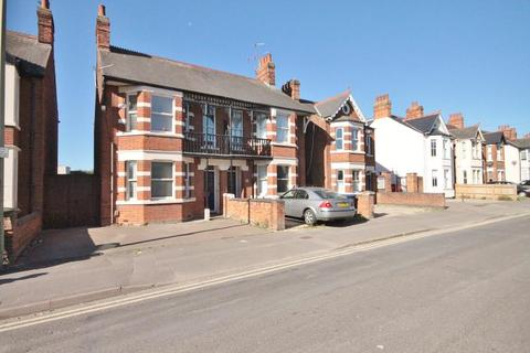4 bedroom semi-detached house to rent - Windmill Road, Oxford, OX3 7BX