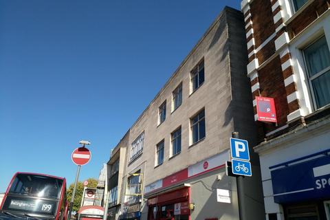Property to rent - Rushey Green, Catford