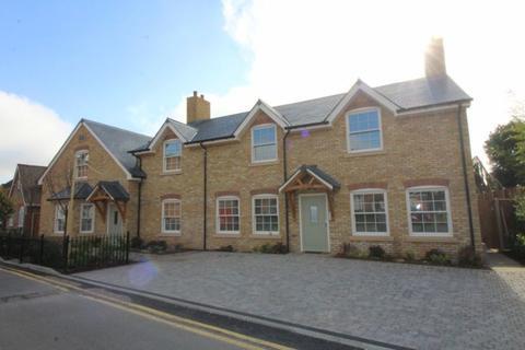 1 bedroom apartment to rent - Rusham Road, Egham, TW20