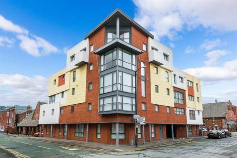 2 bedroom apartment to rent - Winmarleigh Street, Warrington