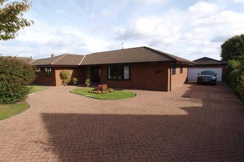3 bedroom detached bungalow for sale - The Paddock, Cramlington