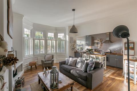 2 bedroom flat for sale - Heaton Road, Heaton, Newcastle upon Tyne