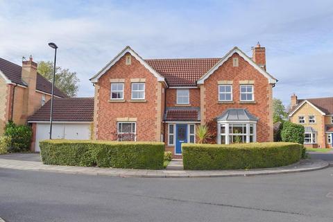 4 bedroom detached house for sale - Roundstone Close, Haydon Grange, Newcastle Upon Tyne