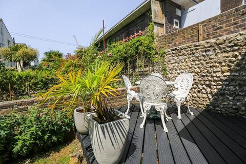 1 bedroom flat to rent - Gladstone Place, Brighton