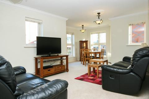 3 bedroom apartment to rent - Symphony Court, Sheepcote Street