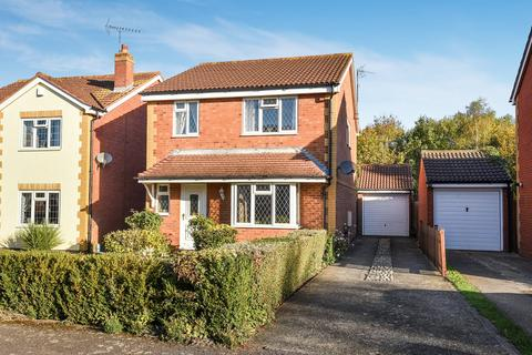 4 bedroom detached house for sale - Lincoln Close, Flitwick, MK45