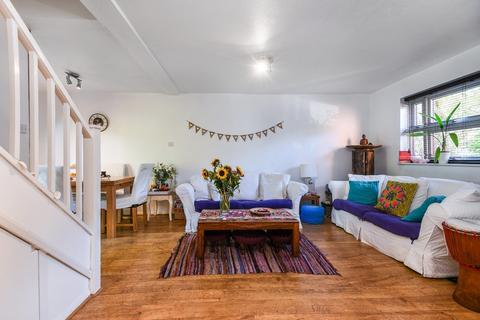 2 bedroom semi-detached house for sale - Greenland Mews, Deptford