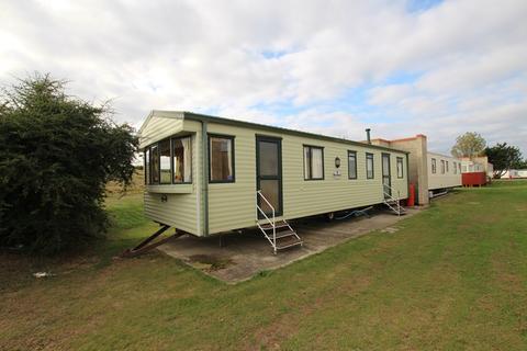 3 bedroom static caravan for sale - The Conifers, Walton On The Naze