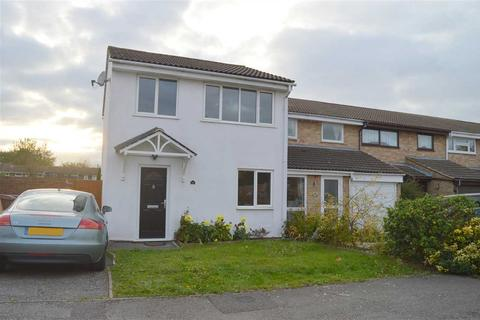 3 bedroom house to rent - Daffodil Way, Chelmsford