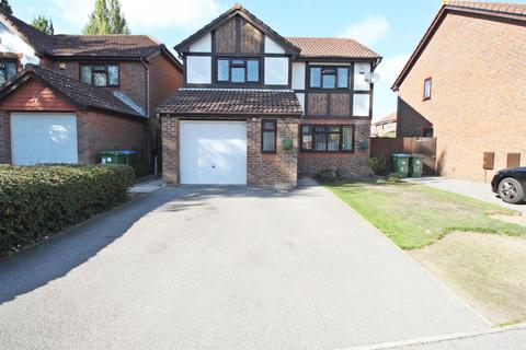 4 bedroom detached house for sale - Rothschild Close, Woolston, Southampton, SO19 9TE