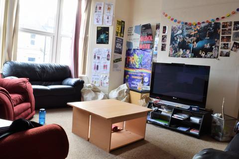 6 bedroom terraced house to rent - Crookesmoor Road, Crookesmoor , Sheffield S10