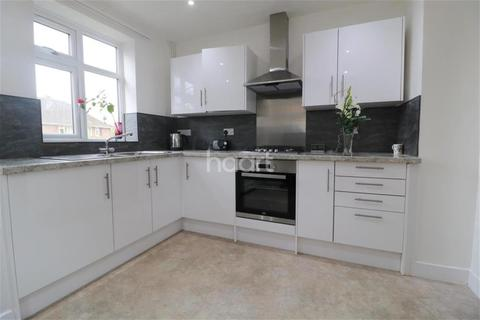 4 bedroom semi-detached house to rent - Robson Road, Norwich