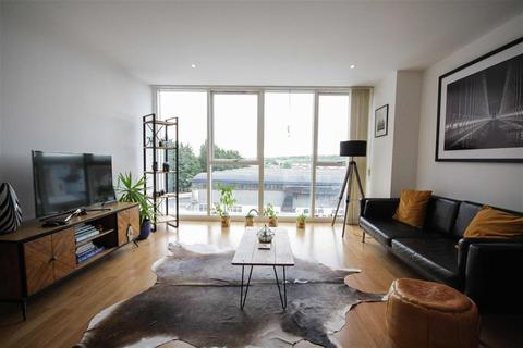 2 bedroom flat for sale - Airpoint, Skypark Road, Bedminster, Bristol, BS3 3NL