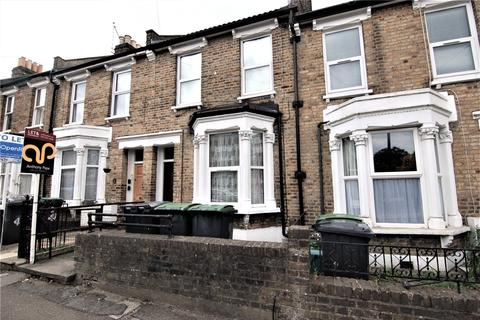 2 bedroom flat to rent - Palace Road, Bounds Green, London, N11