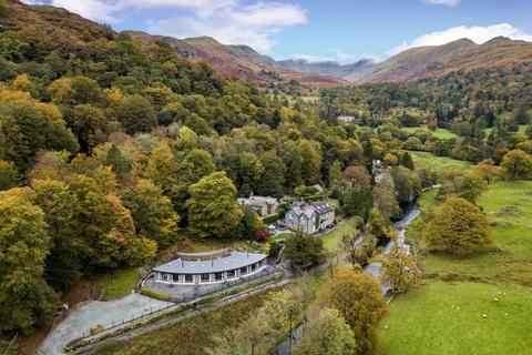 2 bedroom terraced bungalow for sale - Rivers Edge, 2 Riverside Terrace, Under Loughrigg, Ambleside, Cumbria, LA22 9LN
