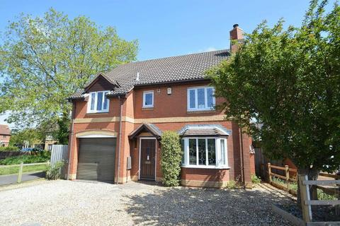 4 bedroom detached house to rent - Great spot at the North End of Yatton Village