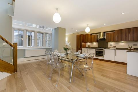 2 bedroom apartment to rent - Welbeck Street, London, W1G