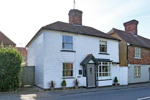 3 bedroom detached house for sale - The Street, Benenden, Kent, TN17 4DJ