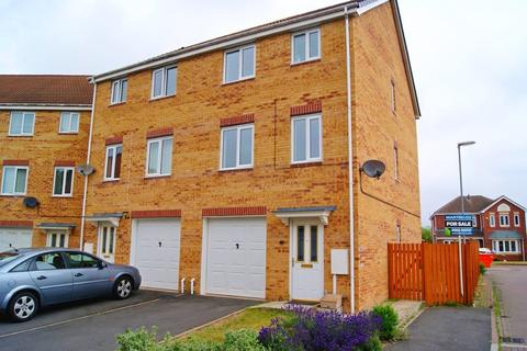 4 bedroom semi-detached house for sale - Heather Gardens, North Hykeham