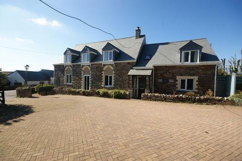 5 bedroom house for sale - West Taphouse, Lostwithiel
