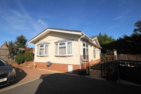 2 bedroom park home for sale - Handborough Park , Chickerell Road , Weymouth, Dorset