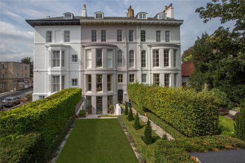 8 bedroom terraced house for sale - Driffield Terrace, York, YO24