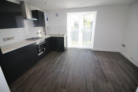 2 bedroom apartment to rent - Crosby Road South, Liverpool