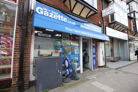 Shop to rent - Westgate-on-Sea