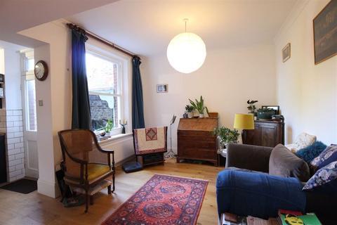 1 bedroom flat to rent - Compton Road