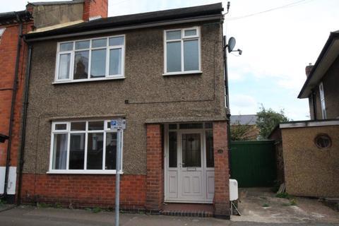 3 bedroom house to rent - Cyril Street, Northampton