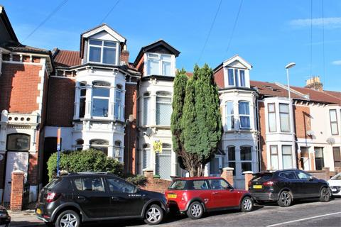 2 bedroom flat to rent - LAWRENCE ROAD, SOUTHSEA