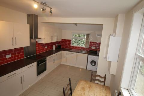 5 bedroom semi-detached house to rent - **£95pppw** Kimbolton Avenue, NOTTINGHAM NG7