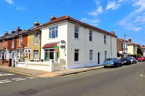 2 bedroom apartment to rent - Edmund Road, Southsea