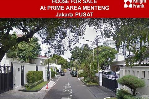 5 bedroom house  - / Rumah di Jual Jl. Jambu, Menteng.