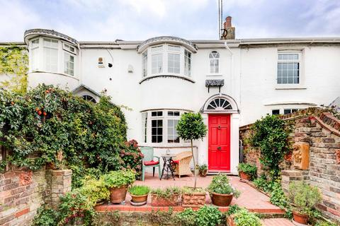 2 Bedroom Terraced House For Sale Crown Gardens Brighton