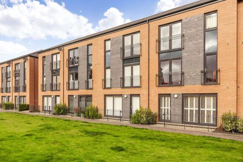 3 bedroom townhouse for sale - 5 Stevedore Place, The Shore, EH6 7BF