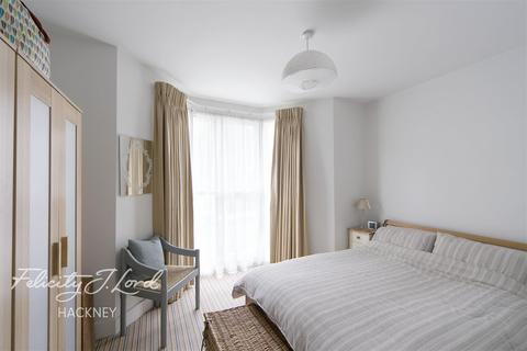 1 bedroom flat to rent - Narford Road E5