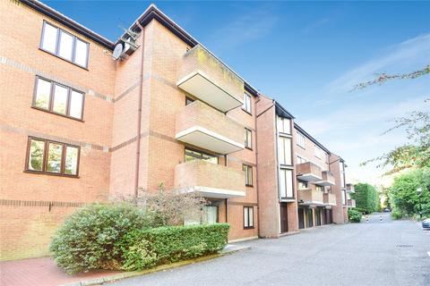 2 bedroom penthouse for sale - Winslow Close, Pinner, Middlesex, HA5